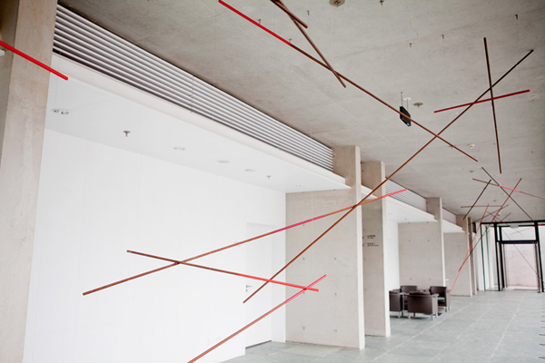 "Bi Rongrong ""A Tangible Shadow"" Deformed steel bars,paint, 40m(L)x3.1m(H)x4.5m(W), 2014"